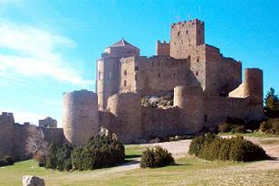 Castillo de Loarre, piedra maternal